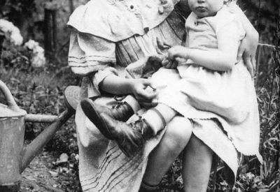 Ewa Curie, zamiast spędzić życie w laboratorium, wolała jeździć na wojny