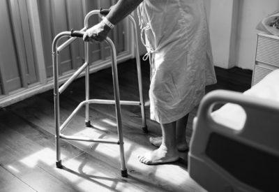 Ciężki los pacjentów z przewlekłym bólem - czy o ulgę trzeba się prosić?