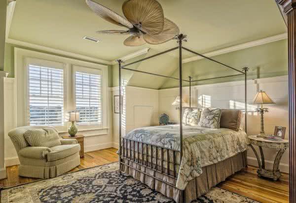 Sypialnia zgodna z feng shui - jak ją urządzić?