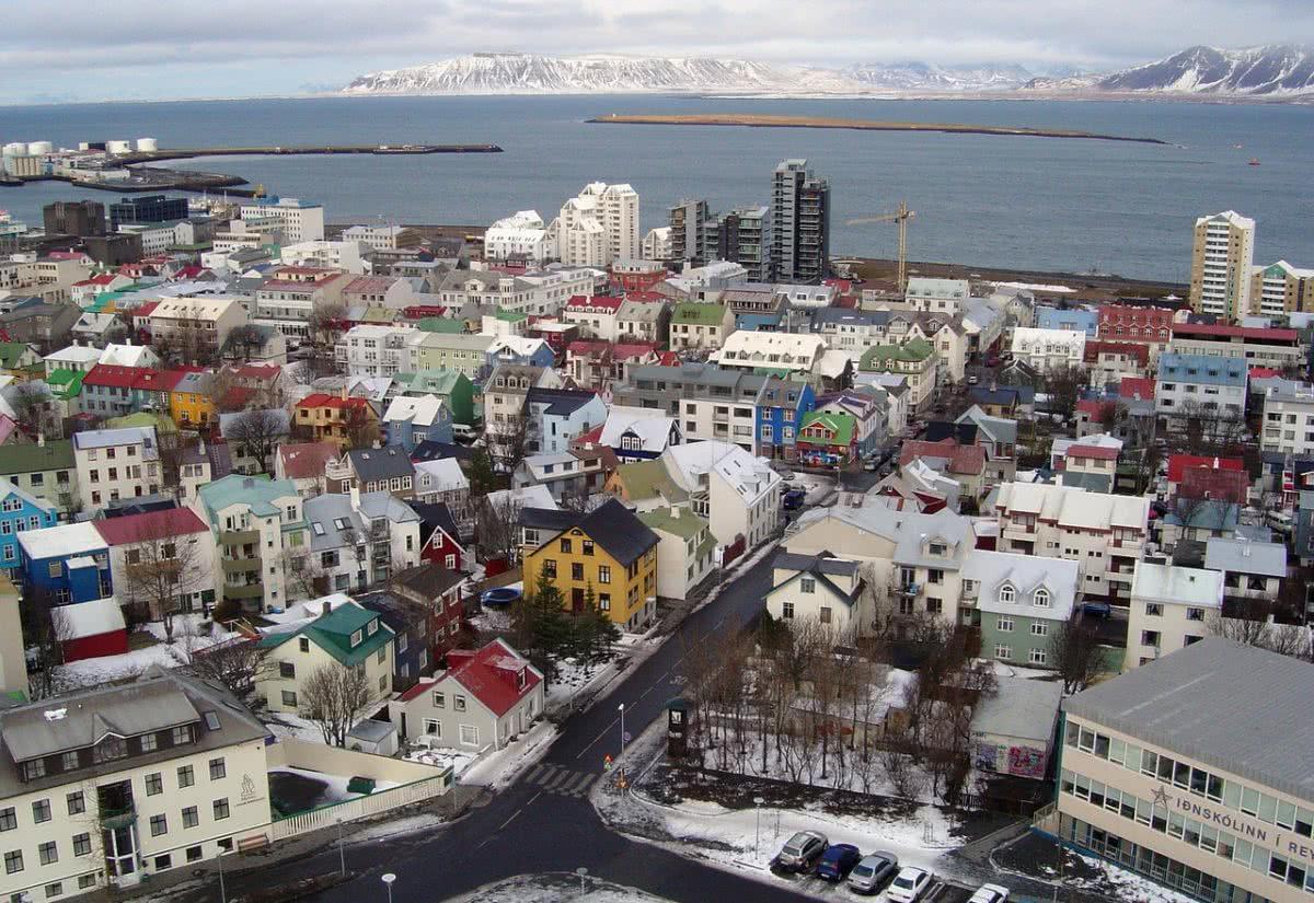 Islandia zrównała płace kobiet i mężczyzn