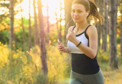 Wiosna na sportowo - modne stylizacje dla aktywnych kobiet