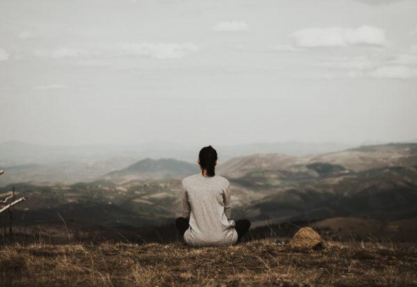 Medytacja zen - na czym polega, zalety i jak ją prowadzić?