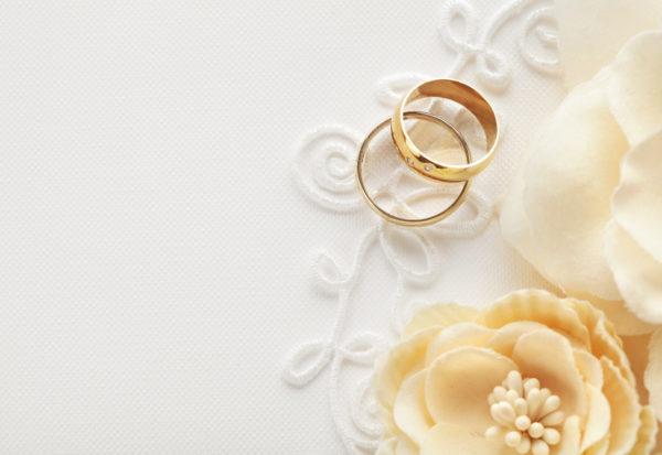 Jak powinno wyglądać perfekcyjne zaproszenie na ślub?