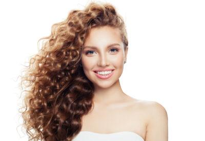Na czym polega tonowanie włosów? Jak wybrać dobry toner?