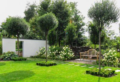 Urządzamy ogród. 3 pomysły na piękne aranżacje