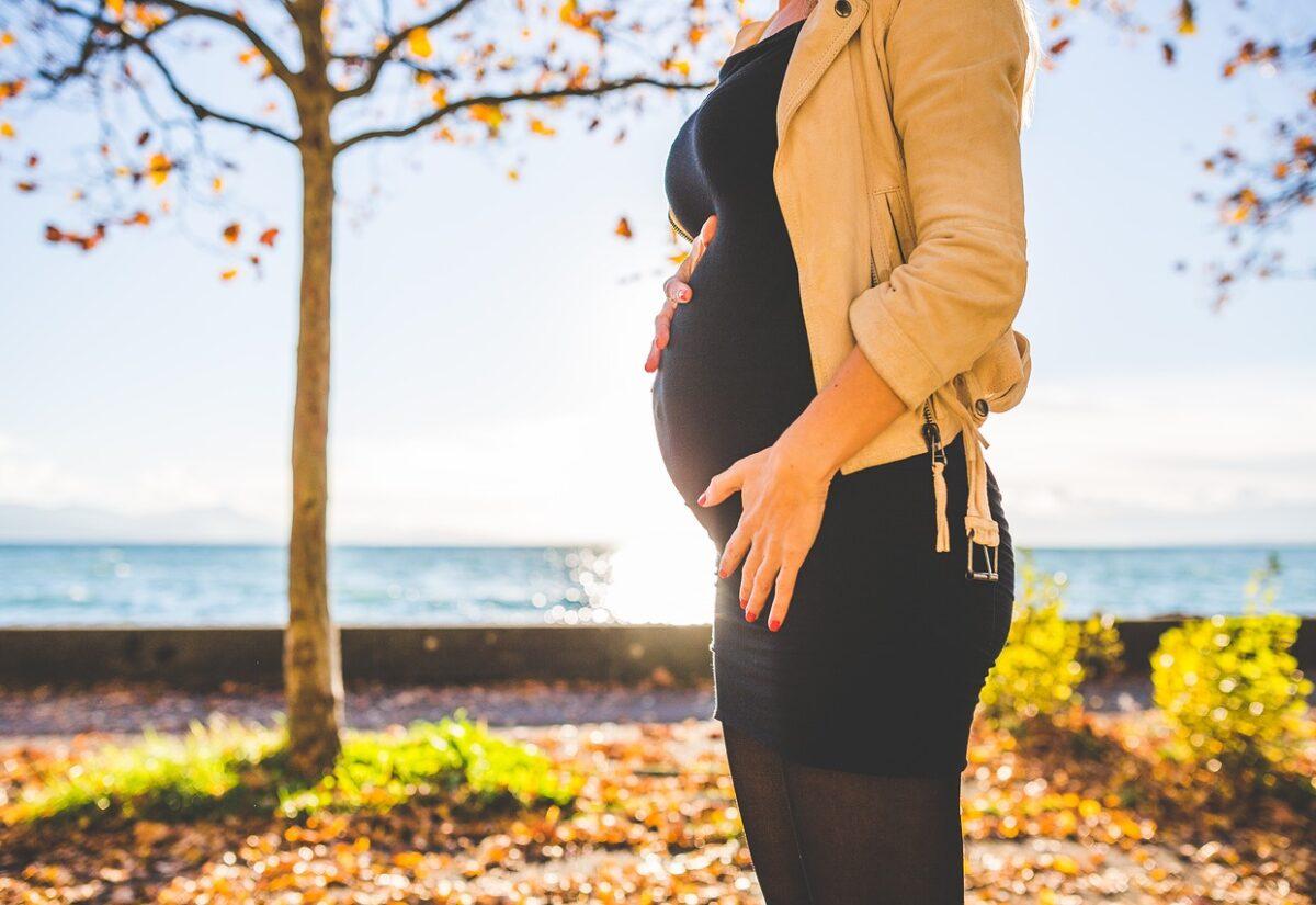 Rajstopy ciążowe – wygoda i funkcjonalność w jednym