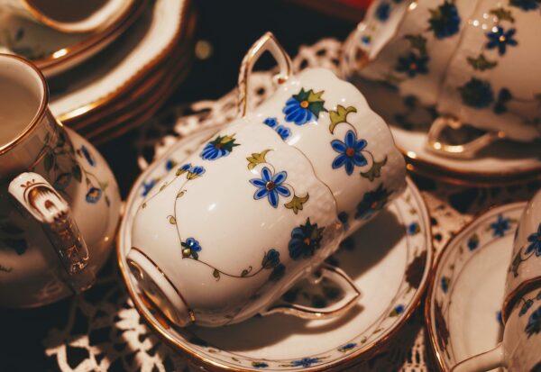 Zestaw filiżanek do kawy - idealny pomysł na prezent