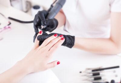 Frezarki do paznokci – jak wybrać najlepszy model?