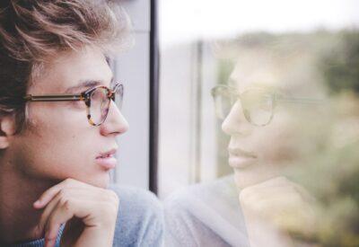 Kiedy warto zdecydować się na konsultację z psychologiem?