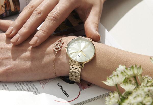 Elegancki zegarek dla kobiety - jaki model wybrać?