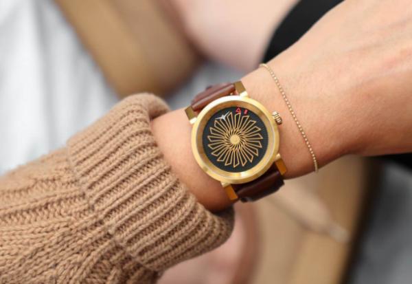Zegarki damskie - szczegóły o wielkiej mocy. Sprawdź, jak możesz zmienić swoją stylizację!