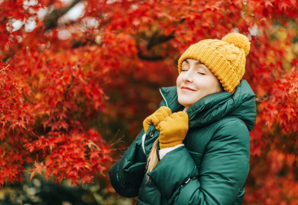 Okrycie wierzchnie – jakie wybrać, aby wyglądać modnie i czuć się komfortowo