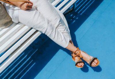 Jak dbać o stopy latem?