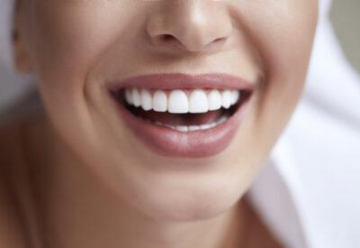 Jama ustna – brama do całego organizmu: jak higiena jamy ustnej wpływa na odporność?