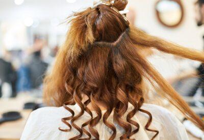 Do fryzjera i kosmetyczki nie zawsze z wyprzedzeniem. Czasem musisz zapisać się natychmiast. Co wtedy?