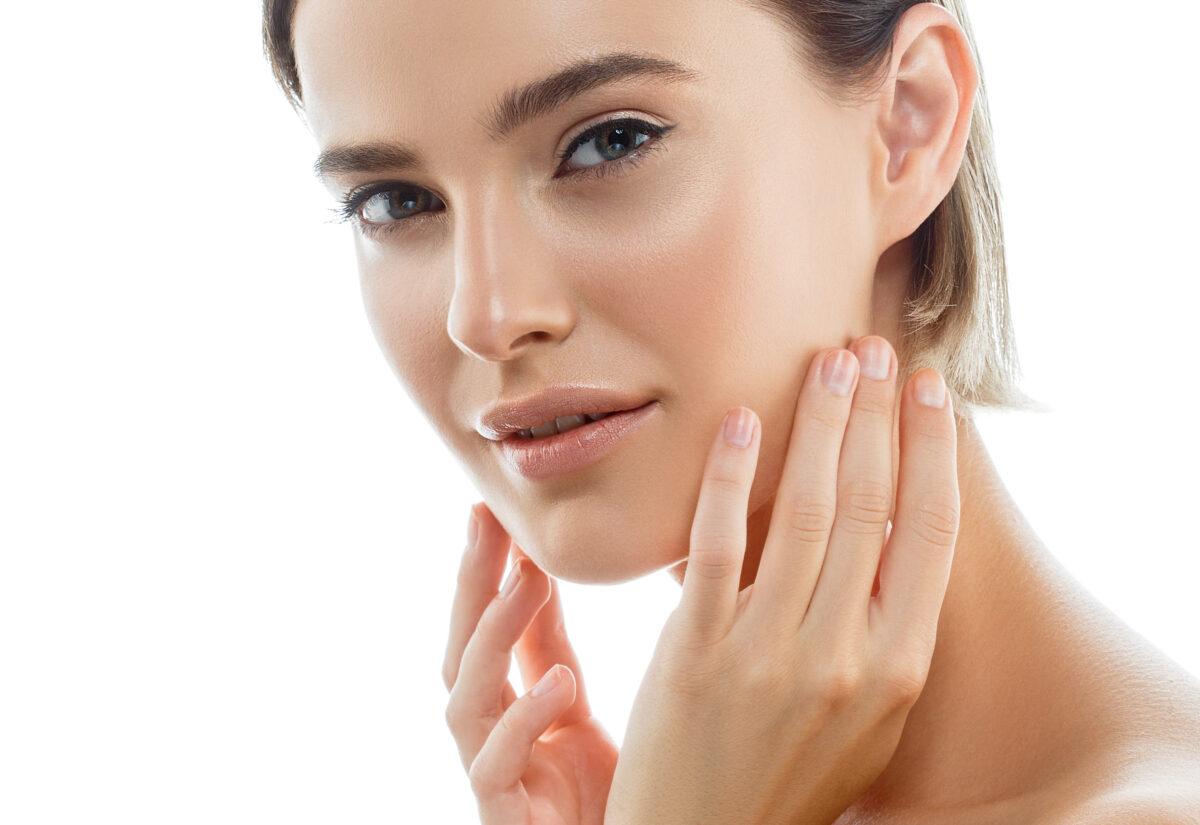 Niezbędne kosmetyki do pielęgnacji skóry