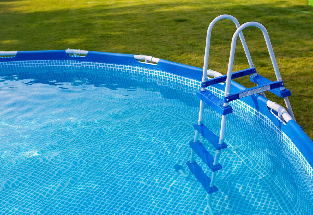 Prostokątny czy okrągły? Jaki basen ogrodowy Bestway wybrać?