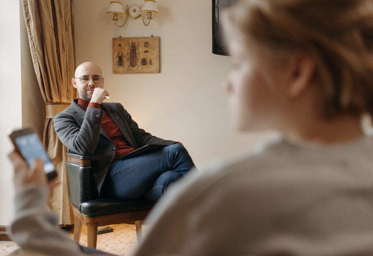 Zawód terapeuty – na czym polega, wady i zalety zawodu