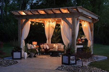 Przyjęcie w ogrodzie – jak urządzić ogród łatwo zorganizować w nim imprezę?