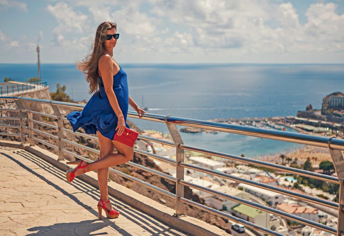 Idealne buty damskie na lato, które sprawdzą się na upały?