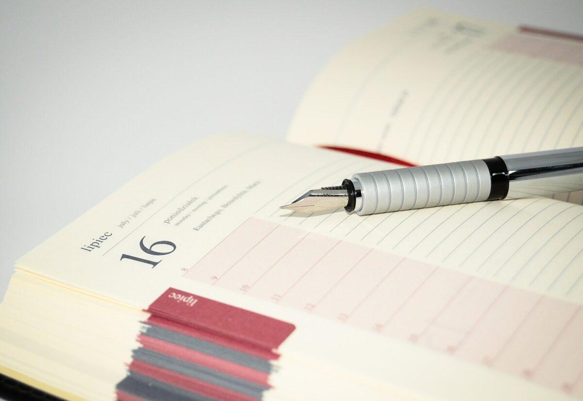 Spraw, aby klienci pamiętali o twojej firmie przez cały rok. Cztery propozycje użytecznych gadżetów reklamowych