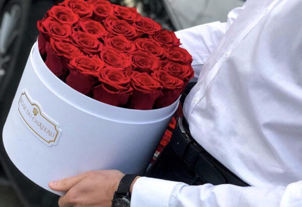 Czym jest flowerbox i jak o niego dbać?