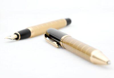 Długopisy reklamowe - prosty a skuteczny gadżet reklamowy. Na co zwracać uwagę?